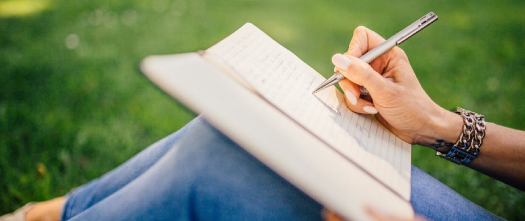 How to Write a Meaningful Condolence Letter