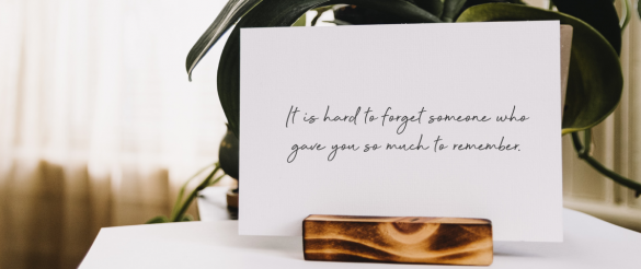 4 tips on what to write in a funeral guest book
