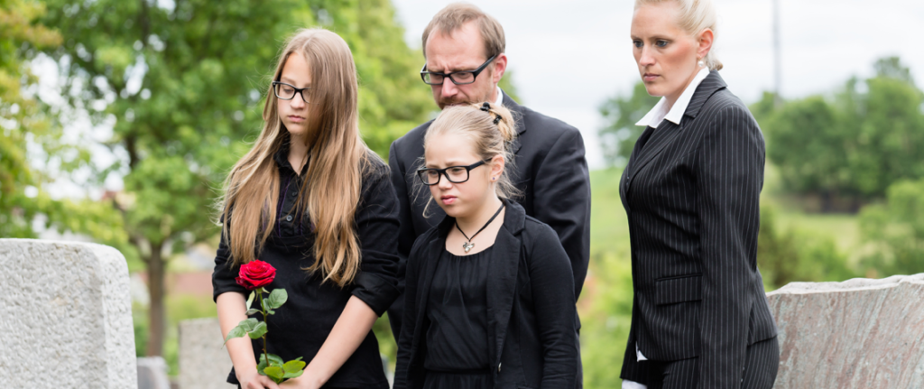 Should Children Attend Funerals? 8 Ways to Participate in Funeral Services.